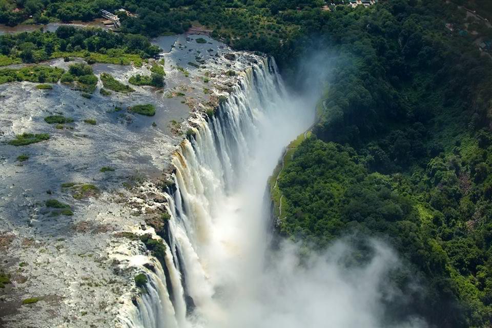 Sarah Graham's visit to Victoria Falls