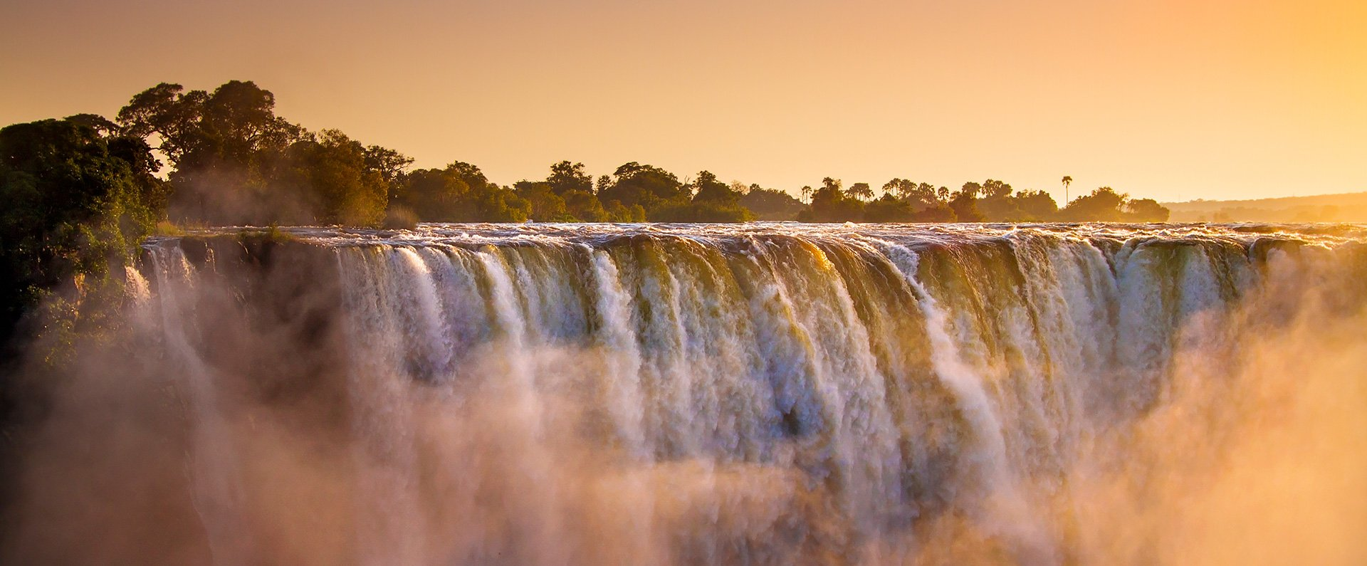 Victoria-Falls-Hotel-Accommodation-Falls-Sunset